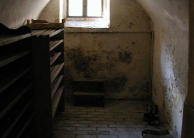 07 Kellerraum vorher