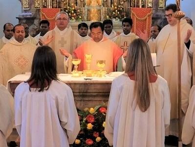 Amtseinführung von Pater Robin Xavier