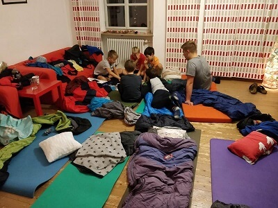 Minis übernachten im Pfarrheim