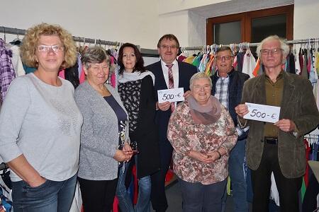 Kolping-Kleiderkammer spendet für Bedürftige